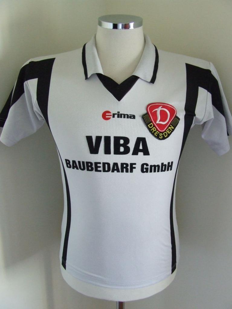 Chùm ảnh: Dynamo Dresden jersey (3)