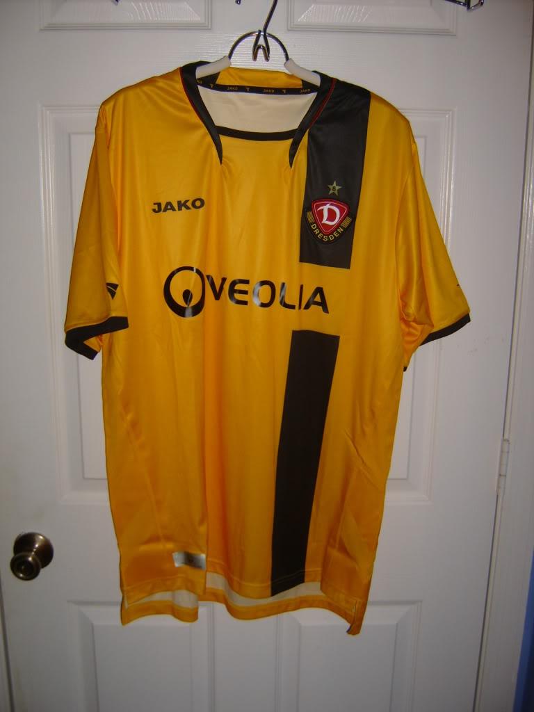 Chùm ảnh: Dynamo Dresden jersey (9)