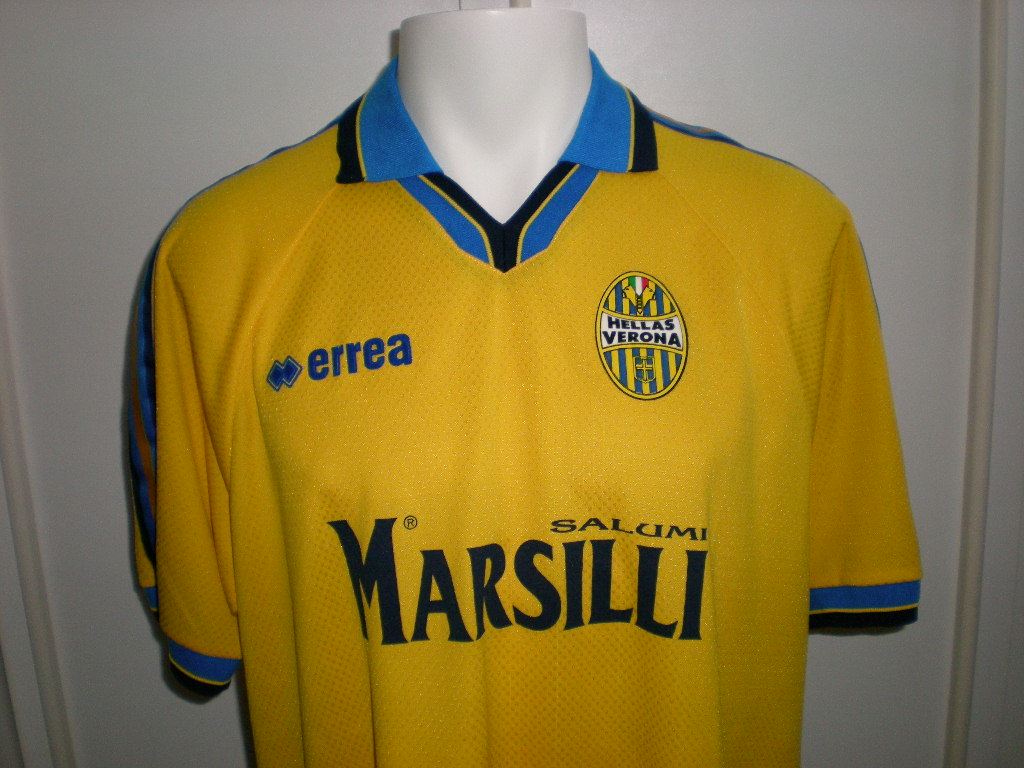 Chùm ảnh: Hellas Verona jersey (3)