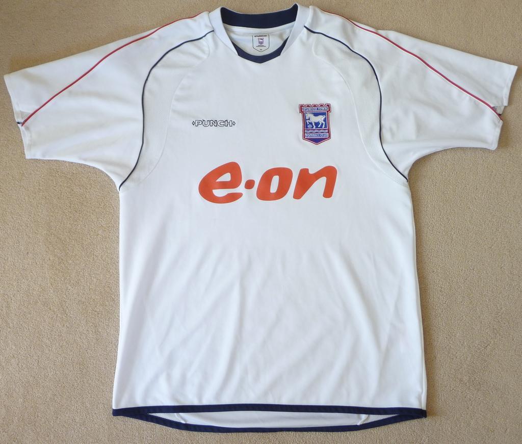 Chùm ảnh: Ipswich jersey (2)